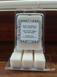 Our soy wax melts offer you days of fragrance that fills the entire room.